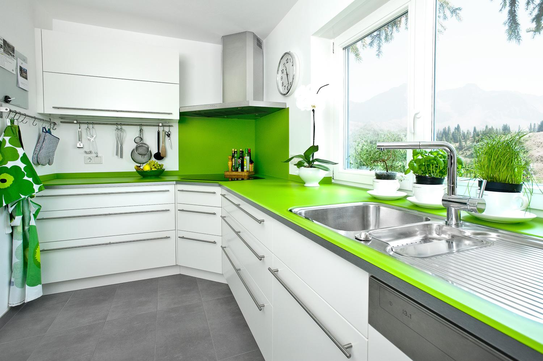 Charmant Küche Back Für Grüne Wände Zeitgenössisch - Ideen Für Die ...